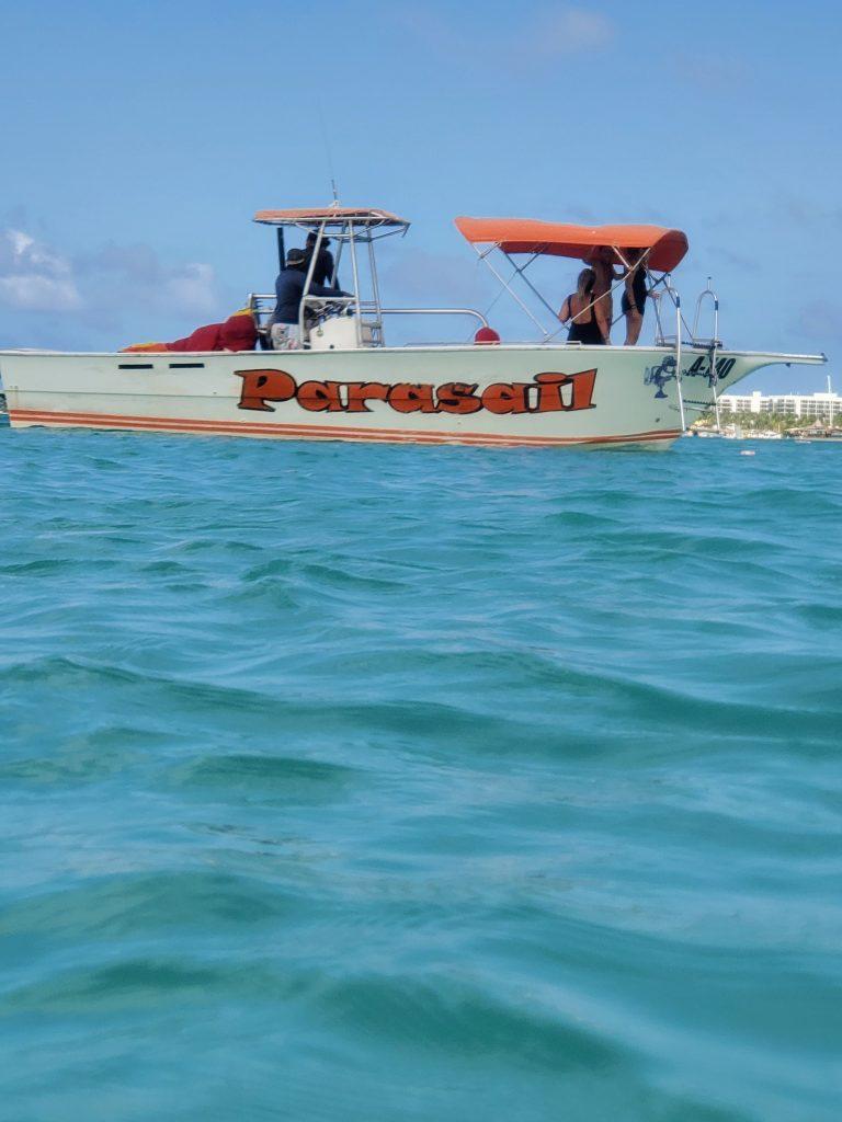 boat tour in aruba