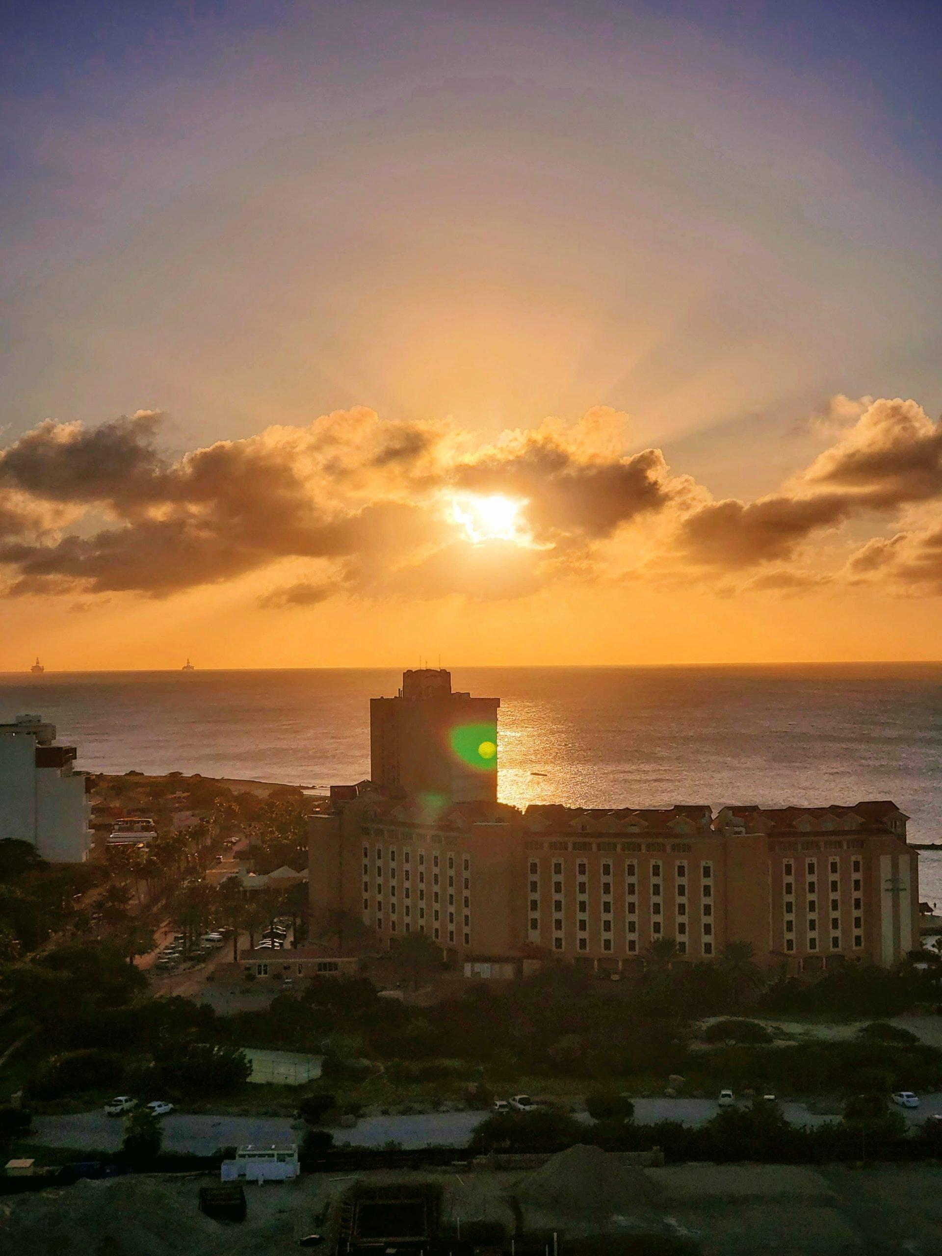 sun set aruba
