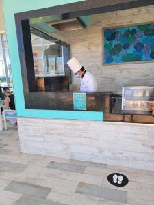 RIU Hotel Resort/hotel jerk chicken center