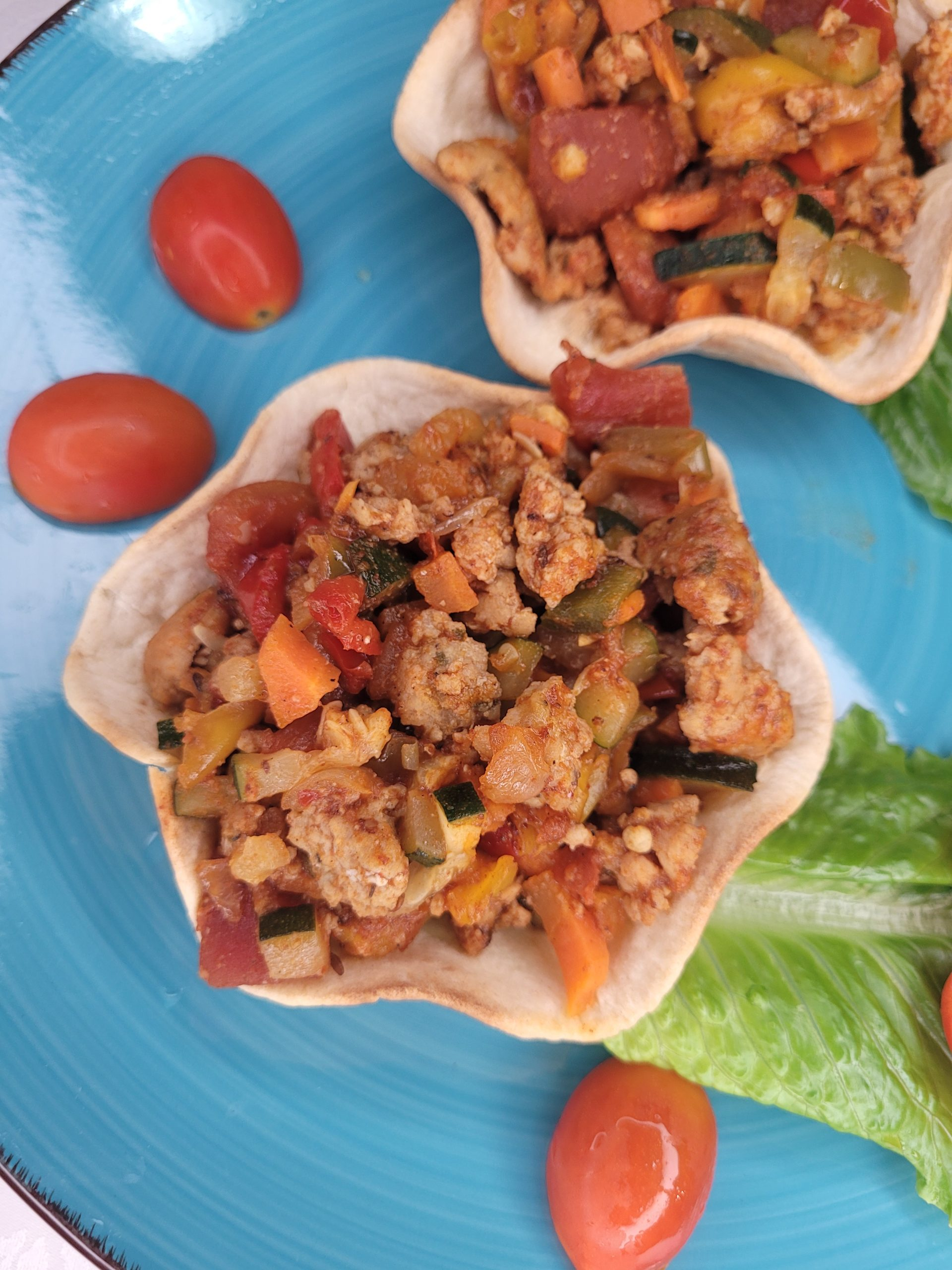 keto-friendly ground chicken and vegetables